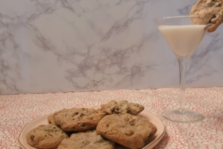 Cookies + Cream Chocolate Chip Pudding Cookies